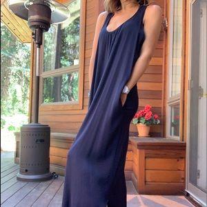 L'Agence navy cross-back maxi dress, size 8, Avis